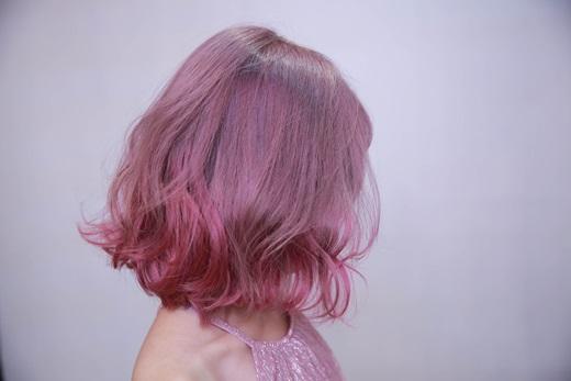 【台中燙髮推薦】護髮/染髮分享-髮型設計師介紹★髮型設計沙龍變身煥然一新春夏新髮型-價錢實在,技術專業|超厲害的台中美髮沙龍推薦